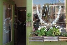 Shops, restaurants and cafés