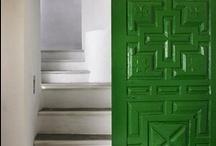 Puertas / Colección de puertas variopintas