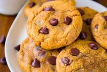Recipes - Cookies / Tasty cookie recipes to try! / by Lisa Ann Deeter