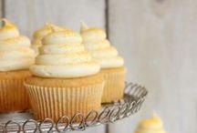 Cupcakes / by Yolanda Eriksen Funk