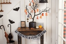 Celebrating: Halloween / Games, ideas, and activities for organising a Halloween party with your EFL students. Teaching English, EFL, ESL, young learners, party