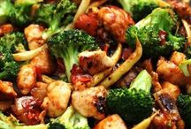 Chinese, Thai and Stir Fry / Easy tasty dinners you can make in  skillet like stir fry and Chinese food.