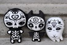 Dolls/Toys/Plushies / by Chandra Summers