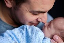 Doting Dads / Here's a lovely gallery of dads bonding with their brand new sons and daughters.