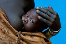 Breastfeeding Around the World / Breastfeeding is the same anywhere: a strong bond and a natural act! Enjoy these beautiful breastfeeding photos gathered from all around the world!