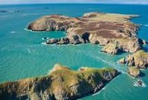 Pembrokeshire / Traditional towns and villages, ancient woodland and fascinating historic sites - the UK's only mainly coastal National Park has so much more to offer than merely a long list of beautiful Blue Flag beaches! Greentraveller's Guide to the Pembrokeshire Coast National Park will help you make the most of your time in this gorgeous part of Wales. We've done all the hard work for you, uncovering many of the region's gems... www.greentraveller.co.uk/green-holidays-pembrokeshire