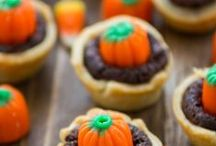 Fall / Everything you'll need for fall - from all things pumpkin to fall crafts and fall themed treats!