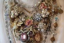 jewelry / by Laqueesha Uglum