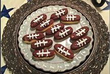 GameDay / Everything you want for your gameday fun - from party decorations for the Super Bowl to the best food for tailgating.