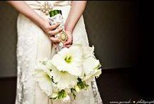 White Wedding / White wedding bouquets  / by Elizabeth Jackson