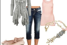 Outfits / by Cathy De Bois