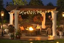 Elegant Patio and Backyard Ideas / Beautiful products, furniture, and ideas to create an elegant patio perfect for your backyard!