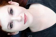 Fair complexion / Peaux pâles et cheveux roux / Beautiful red haired and pale skinned girls