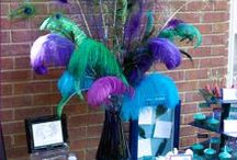 Ostrich Feather Centerpieces / Follow our Ostrich Feather Centerpieces Board for inspiration on designing your own centerpieces. Send us your own ideas at info@eventswholesale.com.