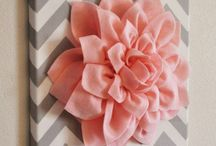 DIY Projects / by Rebecca Harvey