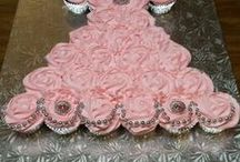 Cupcake and Cake Ideas / by Donna McCoy