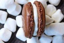 sweet tooth / by Holly Bendezu
