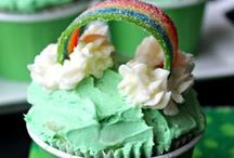 HOLIDAYS St. Patricks Day! / St. Patricks Day!  A day for green beer, corned beef and rainbows!  Find lots of great things here including recipes, crafts and decorating ideas!