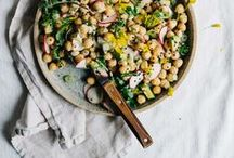 Salads, Greens and Beyond / Best of seasonal produce