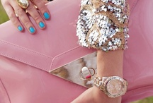 Oversized Clutches..steal the show.. / by Jodi Been