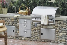 Cooking Outdoors / Design ideas for outdoor kitchens.