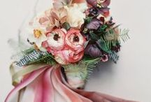 Falling for Flowers / Fall and autumn wedding floral inspirations and what nots.