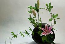 Bloemen in vazen wordt kunst