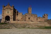 Castillos y fortalezas de Navarra / Un tablero dedicado a fotografías de los castillos, fortalezas y palacios de Navarra :: Relacionado con el blog http://castillosdenavarra.wordpress.com / by Hotel Hola Tafalla