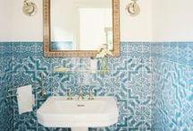 Bathroom / by Allana Rubio