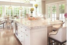 Kitchen / by Rebecca Whisenant
