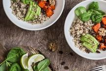 Healthy Dinners / These healthy, low calorie, high protein dinners are so easy to make.