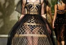 "Basket Fashion / Cesteria e moda - Vannerie et mode  see also ""Basketry Bags"" and ""Basketry Shoes"" boards www.intrecci.eu"