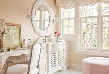 House & Home Decor / by kandee johnson