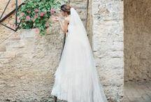 Blushing Brides / Novias / Sección Novias / by Bodastory Weddings Bodas