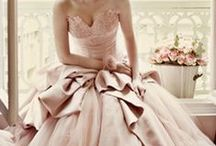 THE dress / Styles of bridal dresses that we've fallen in LOVE with.  / by Robbins Brothers