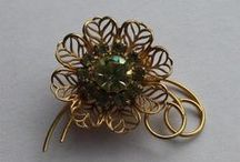 Vintage & Unique Costume Jewelry For Sale / Vintage Jewelry, Costume Jewelry, Unique Jewelry, and More! (All available on eBay at time of pinning)