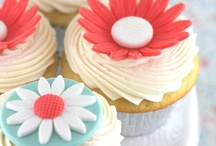 CUPCAKES/MUFFINS / by Tracey Musser