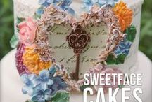 Cakes / by Lois Walton