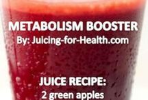 Juicing / by Janelle Wolff