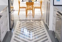 FLOORING/RUGS / by Anne Eppright