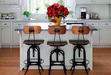 Kitchen Decor / Kitchen layouts and decor that I love! / by Amanda Tiran