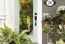 curb appeal / by Angie Norton