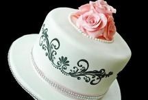 Gâteau Distinctive Cakes / A Wedding Cake Boutique.