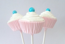 Cake and Biscuit Pops