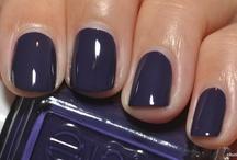 nails / by Yana Davis