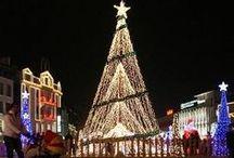 CHRISTMAS AROUND THE WORLD / by JGW