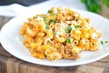 Quick and Easy Dinners / Fast. Simple. Delicious. These recipes will make weeknight chaos easier to handle. / by Ragú Sauce