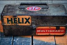 OLD TOOL BOX / by Javier Solans