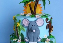 Cakes - Safari, Jungle, Farm & Animals  / by Maya Bassan