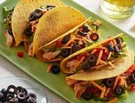 Simple Weeknight Meals / Fast, simple, easy and healthy everyday meals that everyone will enjoy.